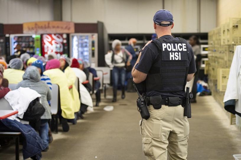 Cộng đồng yêu cầu ICE trả tự do cho anh Hiếu Huỳnh và tất cả những người di dân, tị nạn bị giam giữ tại hạt Essex