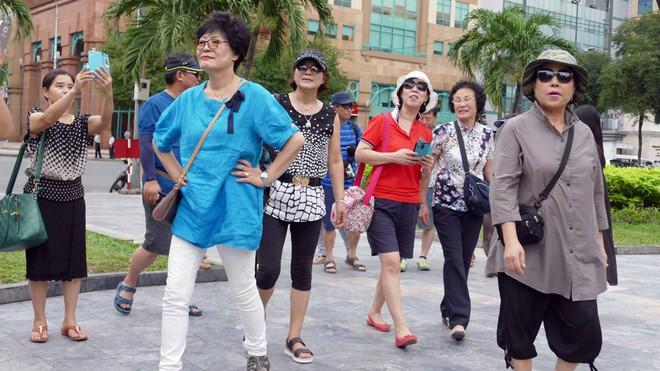 Nhiều người Trung Cộng nhập cảnh trái phép vào Sài Gòn