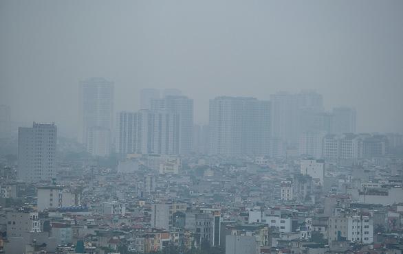 Không khí ở Sài Gòn và Hà Nội tiếp tục ô nhiễm nặng