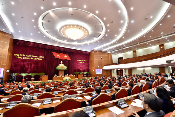 Nhà cầm quyền Cộng sản tự hào vì:Đại hội 13 của nhà cầm quyền có hơn 67% đại biểu có bằng thạc sĩ trở lên
