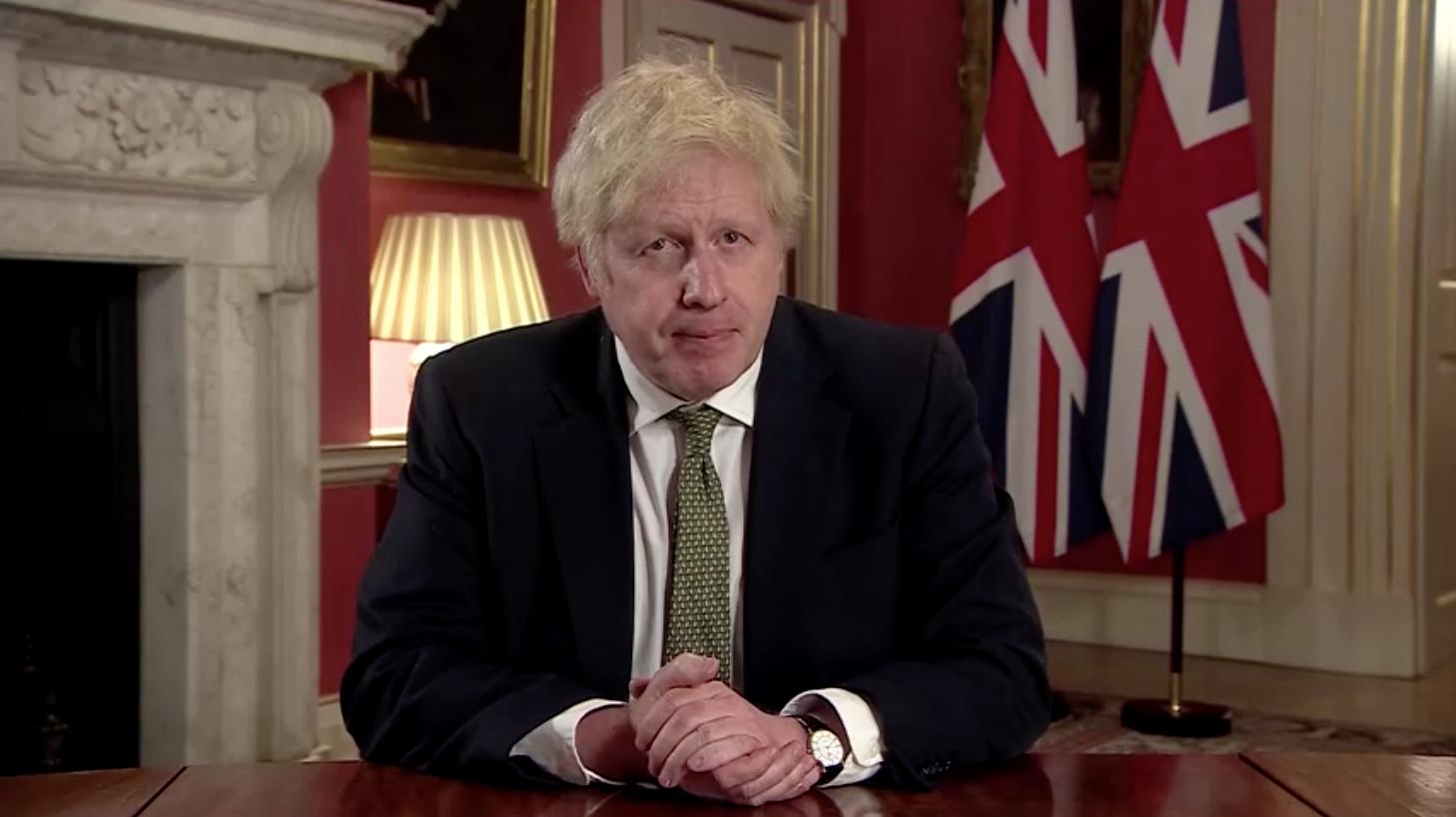 Thủ Tướng Anh Quốc Boris Johnson áp đặt lệnh phong tỏa toàn quốc đến giữa tháng 2 để chống lại biến thể COVID mới