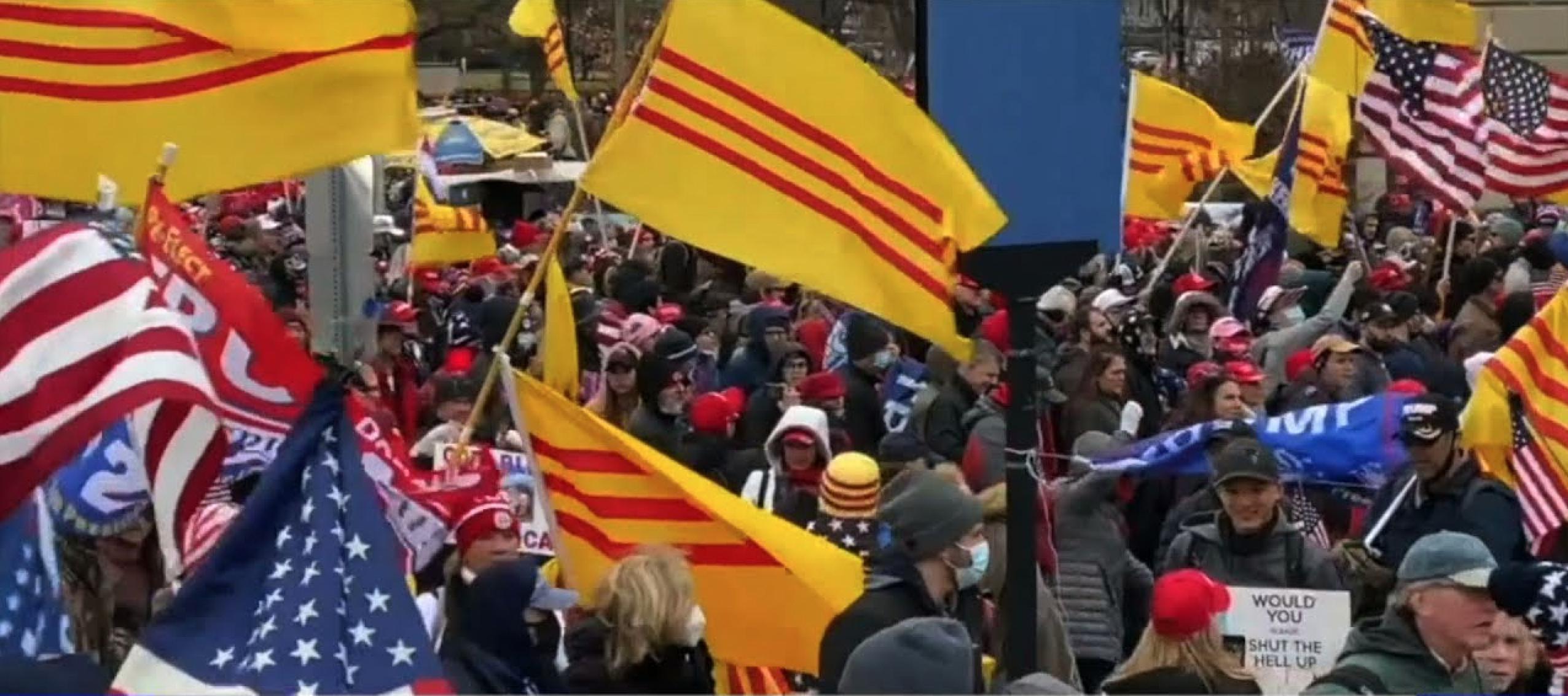 Lý do tại sao lá cờ miền Nam Việt Nam tung bay trong cuộc bạo động ở Điện Capitol Tiến sĩ (Việt Thanh Nguyễn)