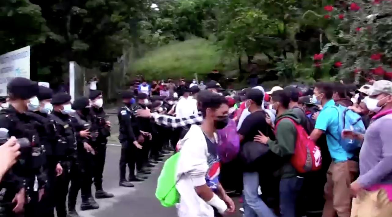 Quân đội Guatemala giải tán đoàn di dân đang hướng đến Hoa Kỳ