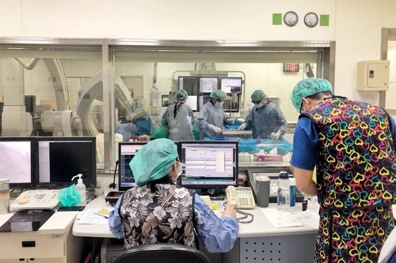 Nhân viên chăm sóc người Việt Nam xét nghiệm dương tính với covid tại bệnh viện phía bắc Đài Loan