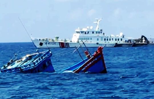 Trung Cộng muốn bóp cổ Việt Nam ở biển Đông (Phạm Trần)