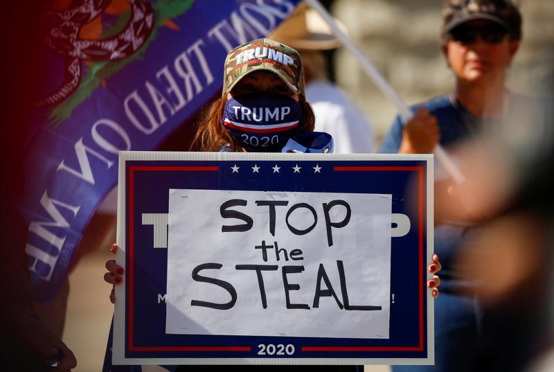 """Facebook xóa tất cả nội dung đề cập đến phong trào """"Stop the Steal"""""""