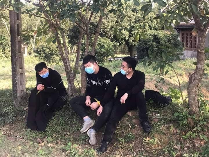 Người dân Quảng Trị vay bắt 4 người Hoa Lục nhập cảnh trái phép