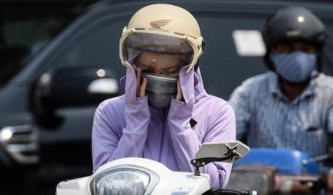 Phẩmchấtkhông khí tại Hà Nội ở mức xấu, chỉ số tia cực tím ở nhiều thành phố ở mức nguy hiểm