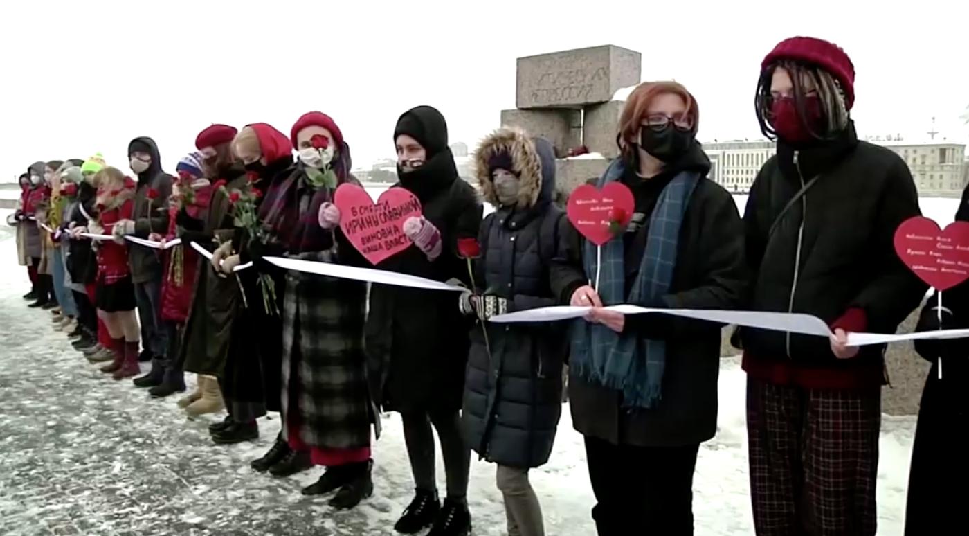 Người dân nước Nga biểu tình vào ngày Valentine ủng hội nhà phê bình chính phủ Alexei Navalny