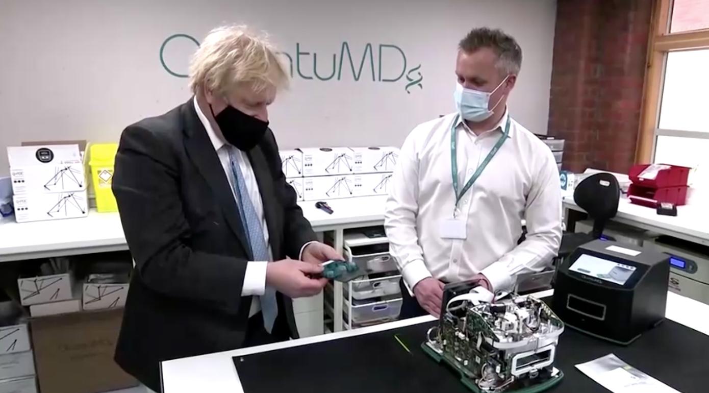 Thủ thướng Boris Johnson kêu gọi hợp tác về việc tiêm vaccine COVID-19