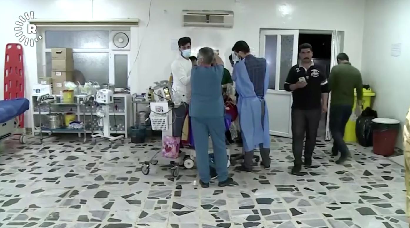 Cuộc tấn công bằng hỏa tiễn của Iraq giết chết nhà thầu và binh sĩ Hoa Kỳ bị thương