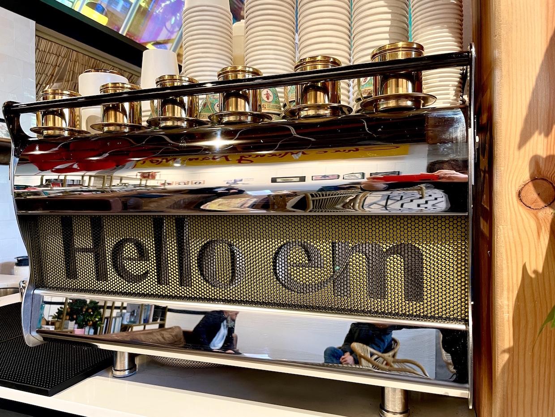 Khai trương quán Hello Em Việt Coffee & Roastery ở Seattle