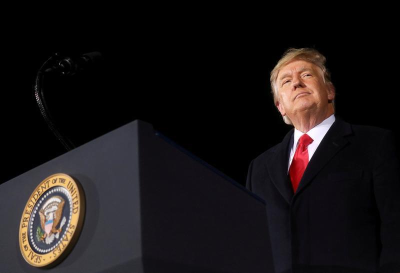 Tổng Thống Trump thuê hai luật sư mới cho phiên tòa luận tội sau khi đội pháp lý của ông nghỉ việc