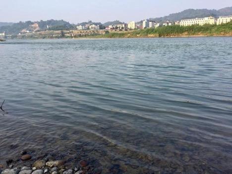 ChuyêngiaCSVN lo ngại về tác động từ đập thuỷ điện của Trung Cộng ở đầu nguồn sông Hồng