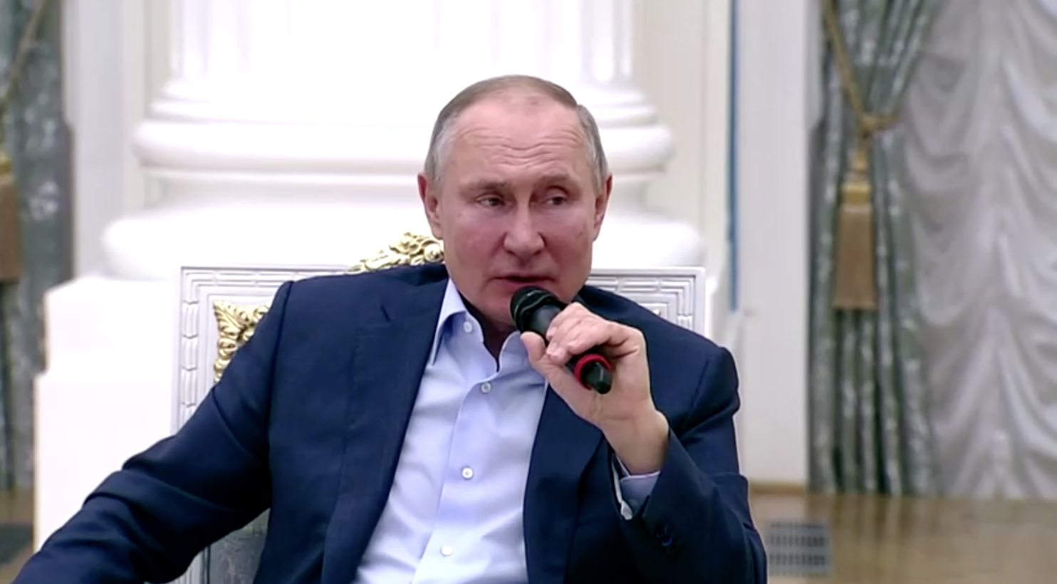 Tổng Thống Nga Vladimir Putin có khả năng đã chỉ thị việc can thiệp vào cuộc bầu cử năm 2020 của Hoa Kỳ