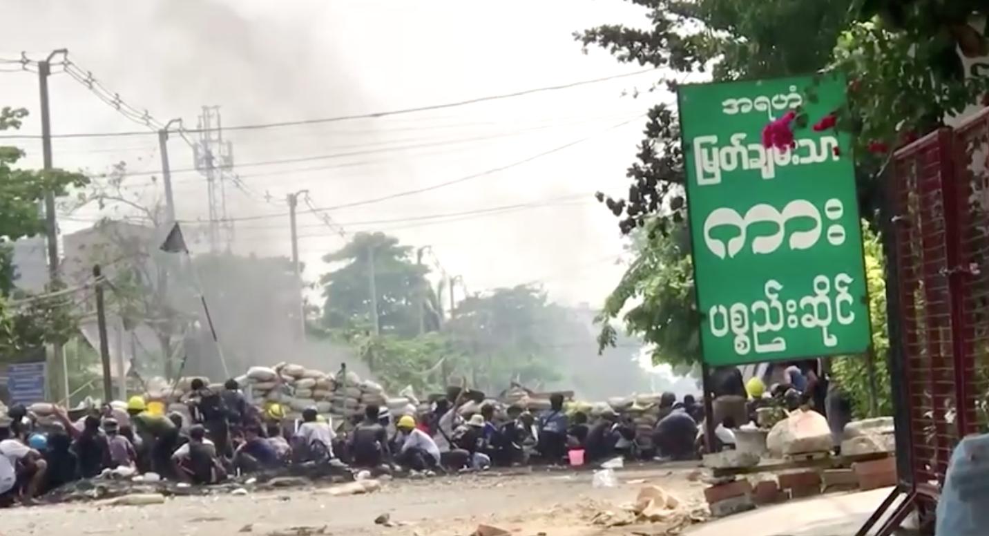 Số người chết ở Myanmar vượt qua mức 500 khi người biểu tình bất chấp sự đàn áp của quân đội