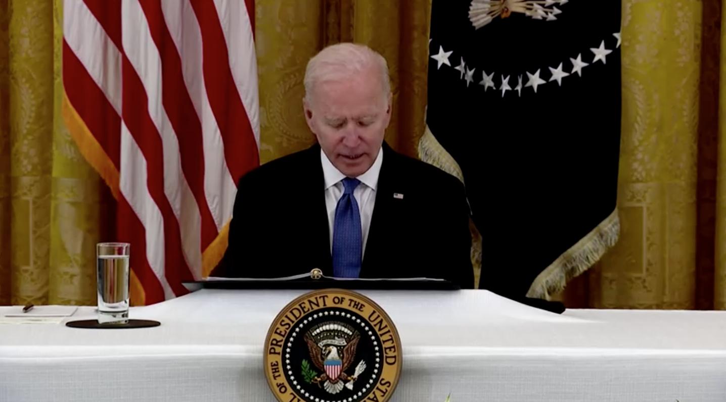 Tổng Thống Biden đánh giá khả năng tự ra lệnh xóa nợ học phí cho người Mỹ