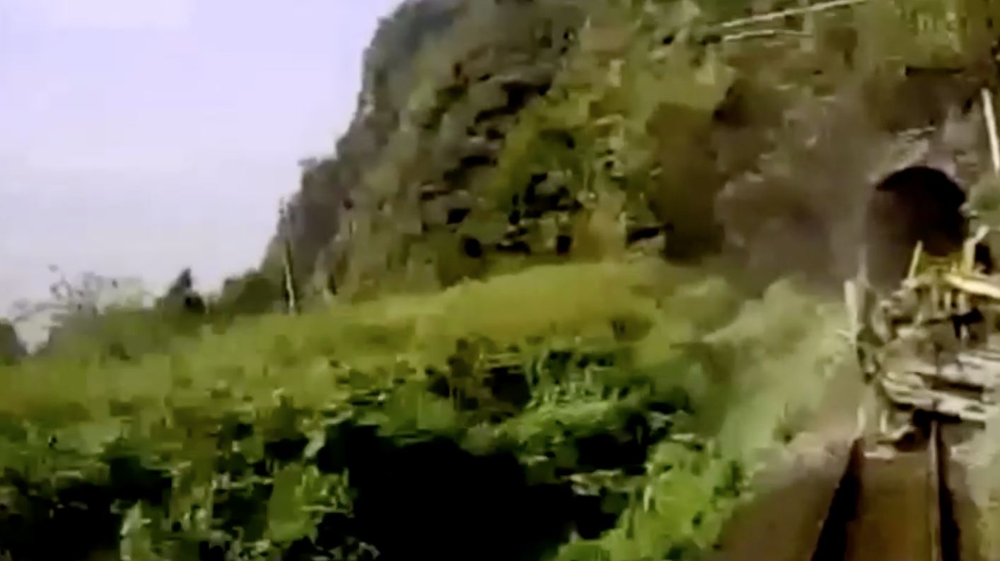Bảy người bị buộc tội giết người do cẩu thả trong vụ xe lửa tốc hành trật bánh ở Đài Loan