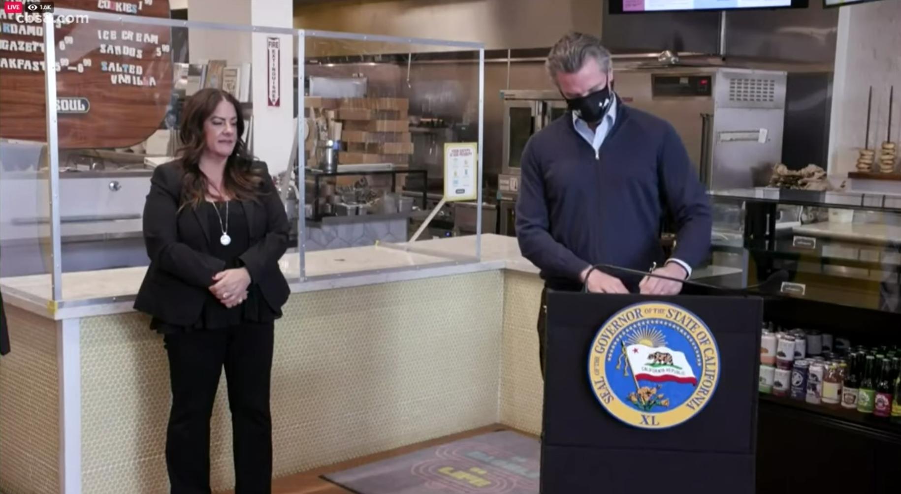 Người dân California bắt đầu nhận được $600 mỹ kim từ gói cứu trợ COVID-19 của tiểu bang