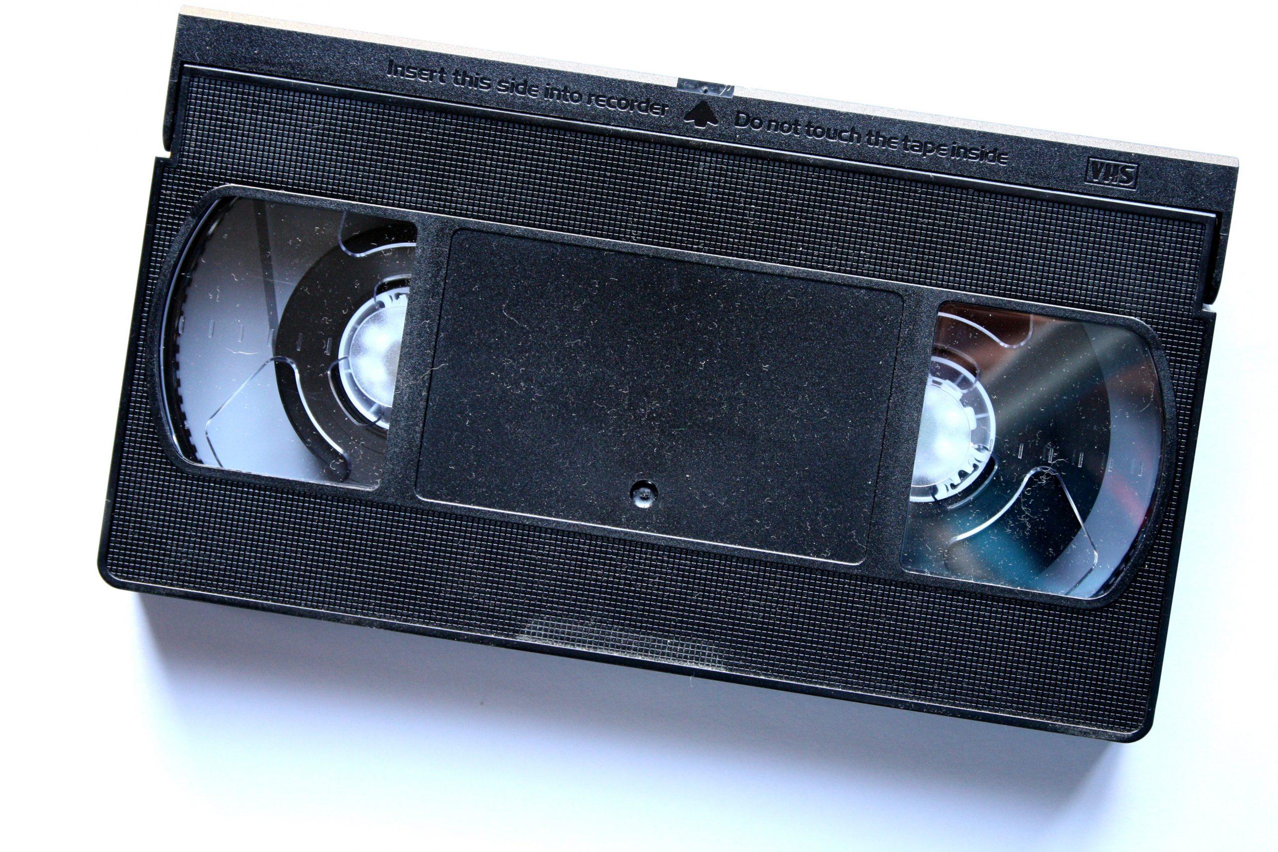 Người phụ nữ Texas bị buộc tội tham ô trong 2 thập niên vì không trả lại cuốn băng VHS cho cửa hàng đã đóng cửa
