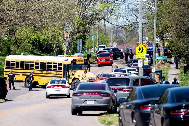Cảnh sát bắn chết tay súng tại một trường trung học ở Tennessee, một người bị thương