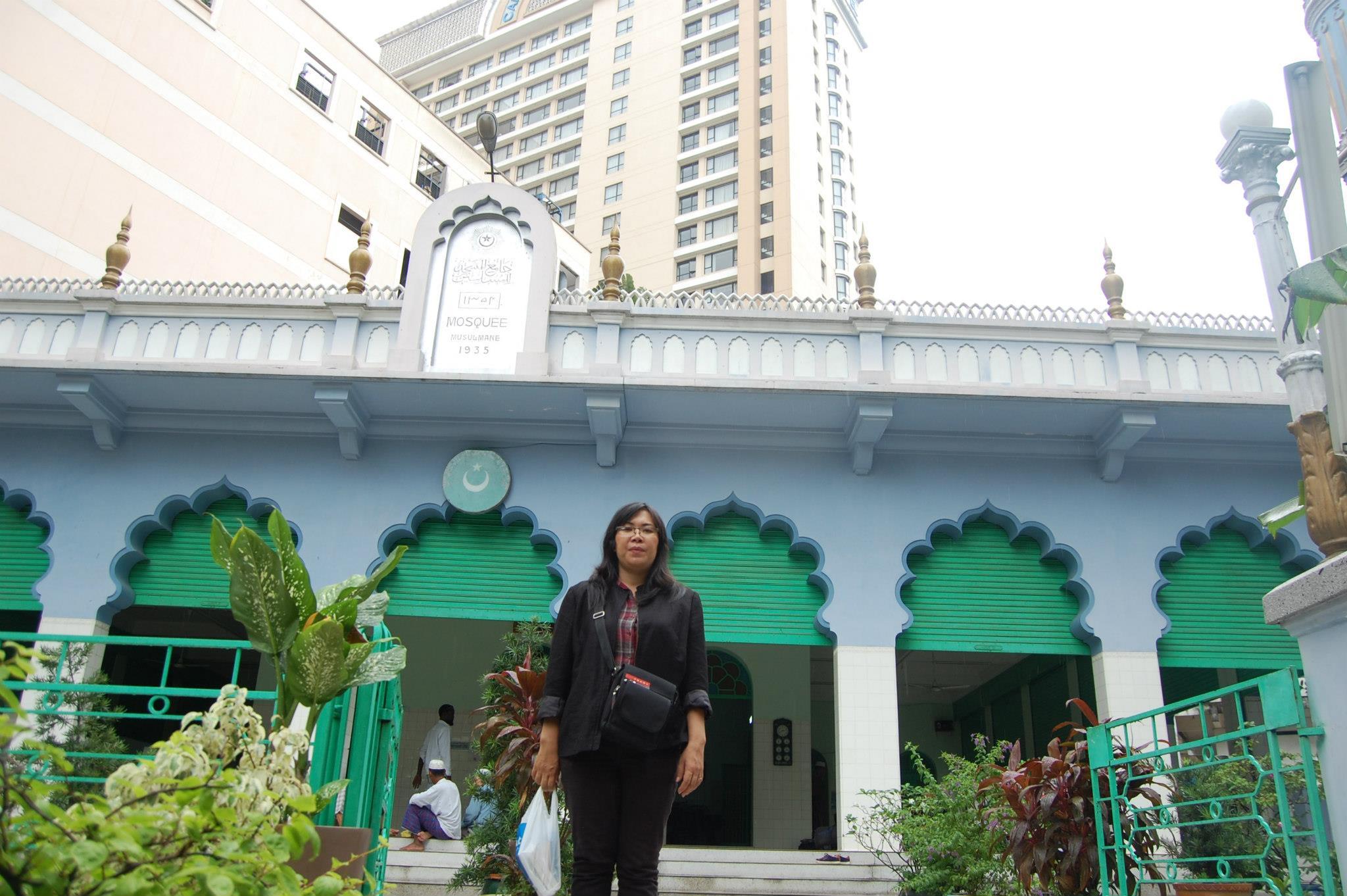 Một giáo viên bị hiệu trưởng bắt làm kiểm điểm vì chia sẻ thông tin ông Nguyễn Phú Trọng trúng cử