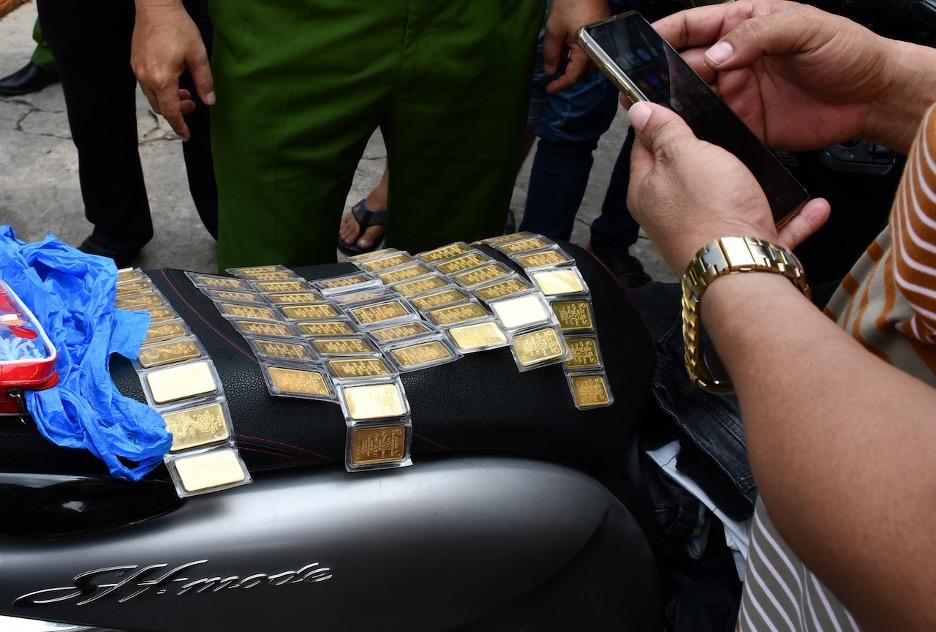 Trộm đột nhập nhà cựu giám đốc sở lấy đi 35,000 mỹ kim và 66 lượng vàng