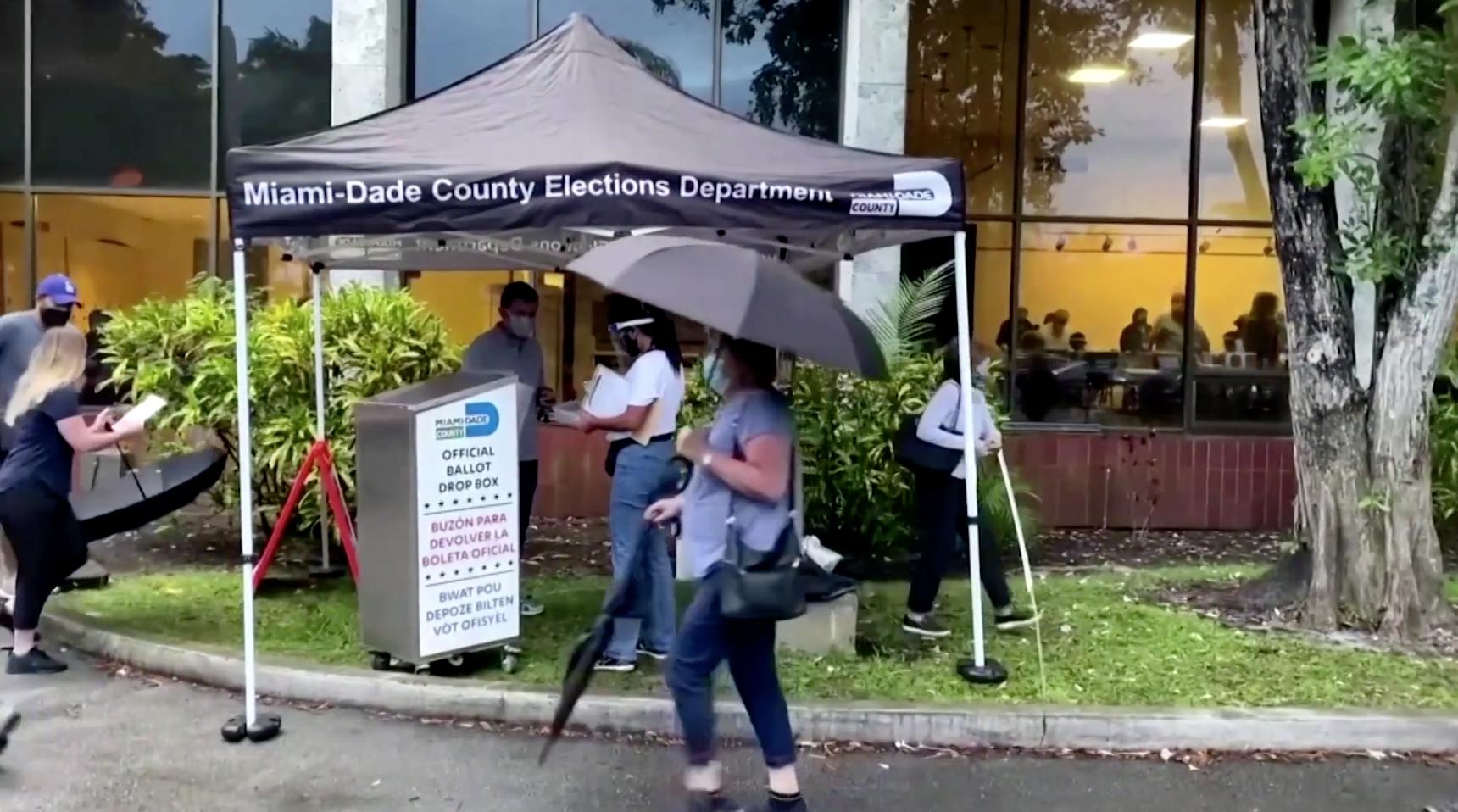 Florida ban hành luật mới siết chặt thủ tục bầu cử