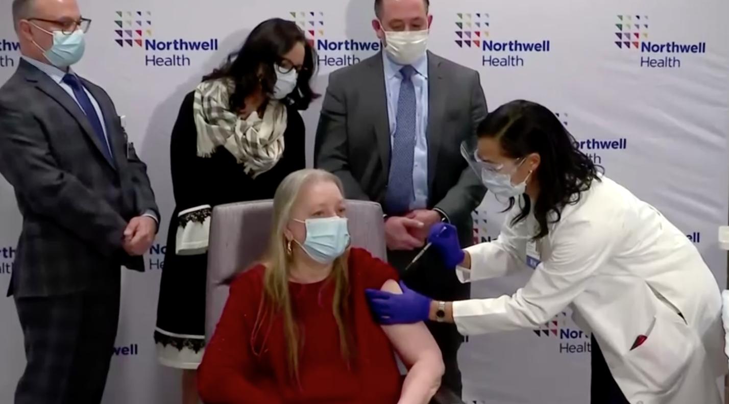Hoa Kỳlo lắng việc xoá bỏ bằng sáng chế vaccine COVID-19 sẽthúc đẩy kỹ thuật sinh học TrungCộng