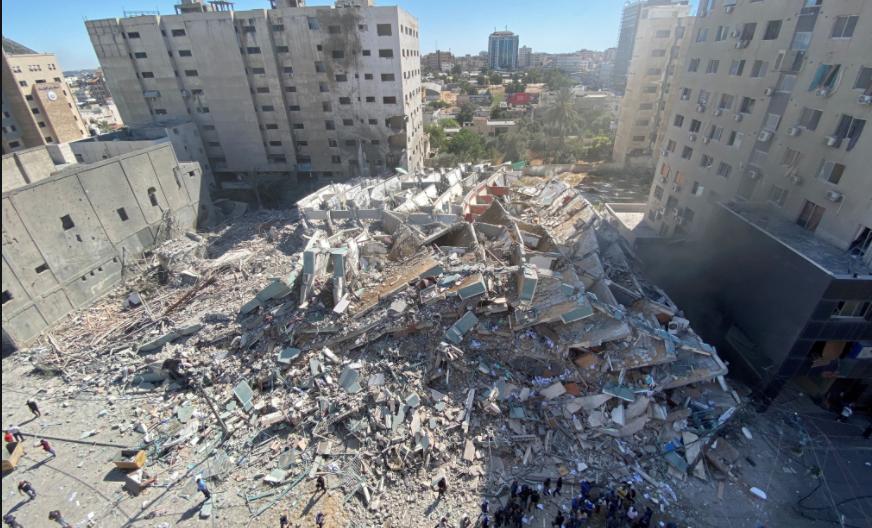 Do Thái không kích và đánh sập tòa nhà 12 tầng trụ sở của các hãng thông tấn quốc tế tại Gaza