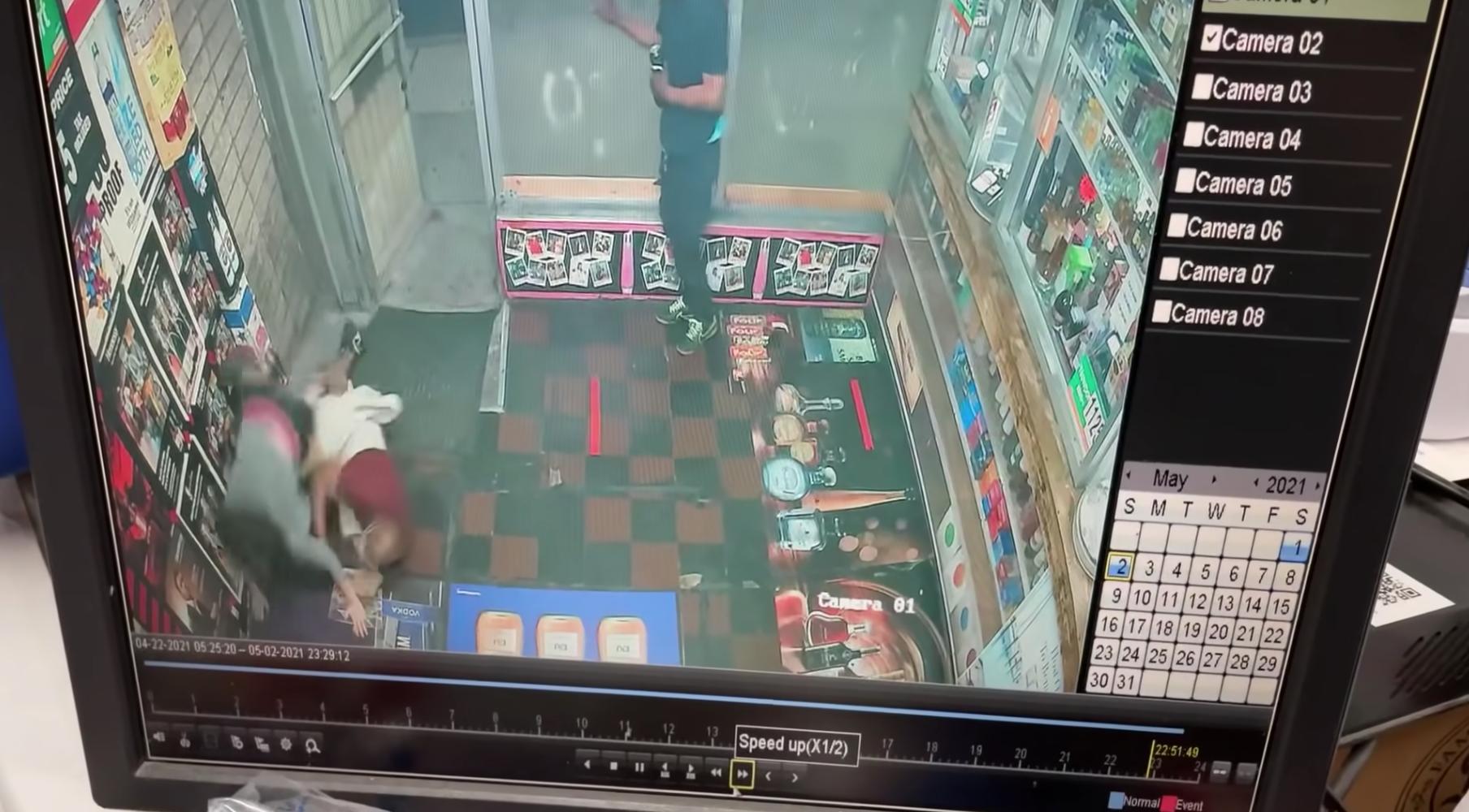 Nghi cantrongvụ cuộc tấn công 3 cửa hàng rượu của ngườigốc Áđối mặt thêm các cáo buộc tội phạm kỳ thị