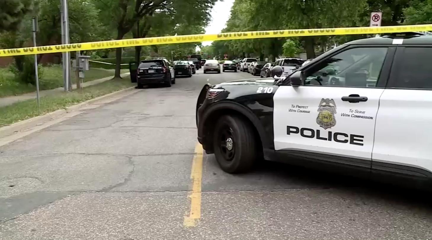 Các phần thi thể người được tìm thấy ở 2 địa điểm khác nhau trong một khu phố ở Minneapolis