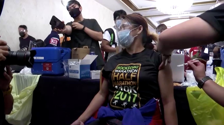 Tổng ThốngPhilippines Rodrigo Dutertekhuyến cáo bỏ tù những ai từ chối tiêm vaccineCOVID-19