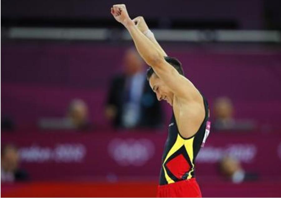 Lực sĩ đức gốc Việt Marcel Nguyễn không tham gia thế vận hội vì chấn thương đầu gối