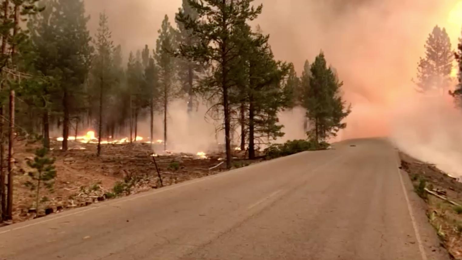 Cháy rừng ở Oregon tiếp tục lan rộng