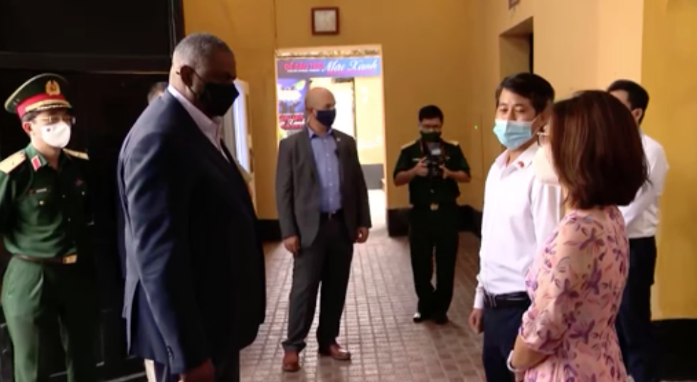 Bộ Trưởng Quốc Phòng Hoa Kỳ đến Việt Nam