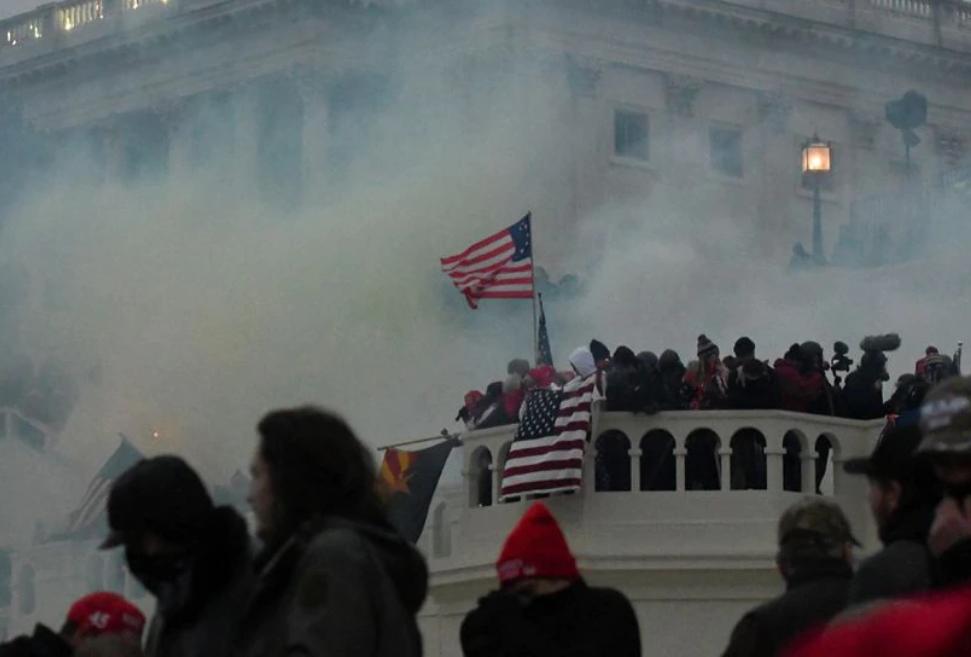 Mục sư ở Florida bị cáo buộc tham gia vụ bạo loạn ở tòa nhà Quốc Hội chính thức hầu toà