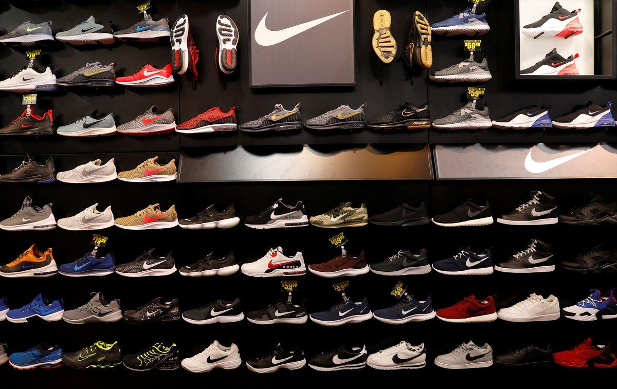 Nike có thể hết giày thể thao sản xuất tại Việt Nam sau khi số ca COVID-19 tăng đột biến