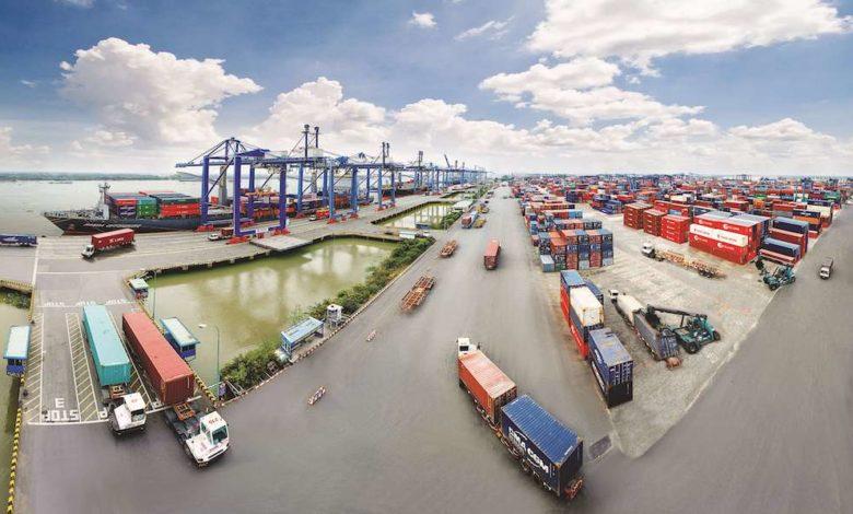 COVID-19 khiến chuỗi cung ứng của Việt Nam bị đình trệ