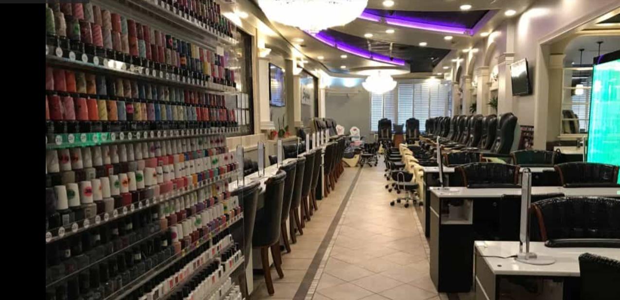 Chủ tiệm của Signature Nails Spa bị buộc tội trốn thuế