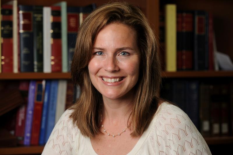 Thẩm phán Amy Coney Barrett lo ngại về cái nhìn của người dân về Tối Cao Pháp Viện