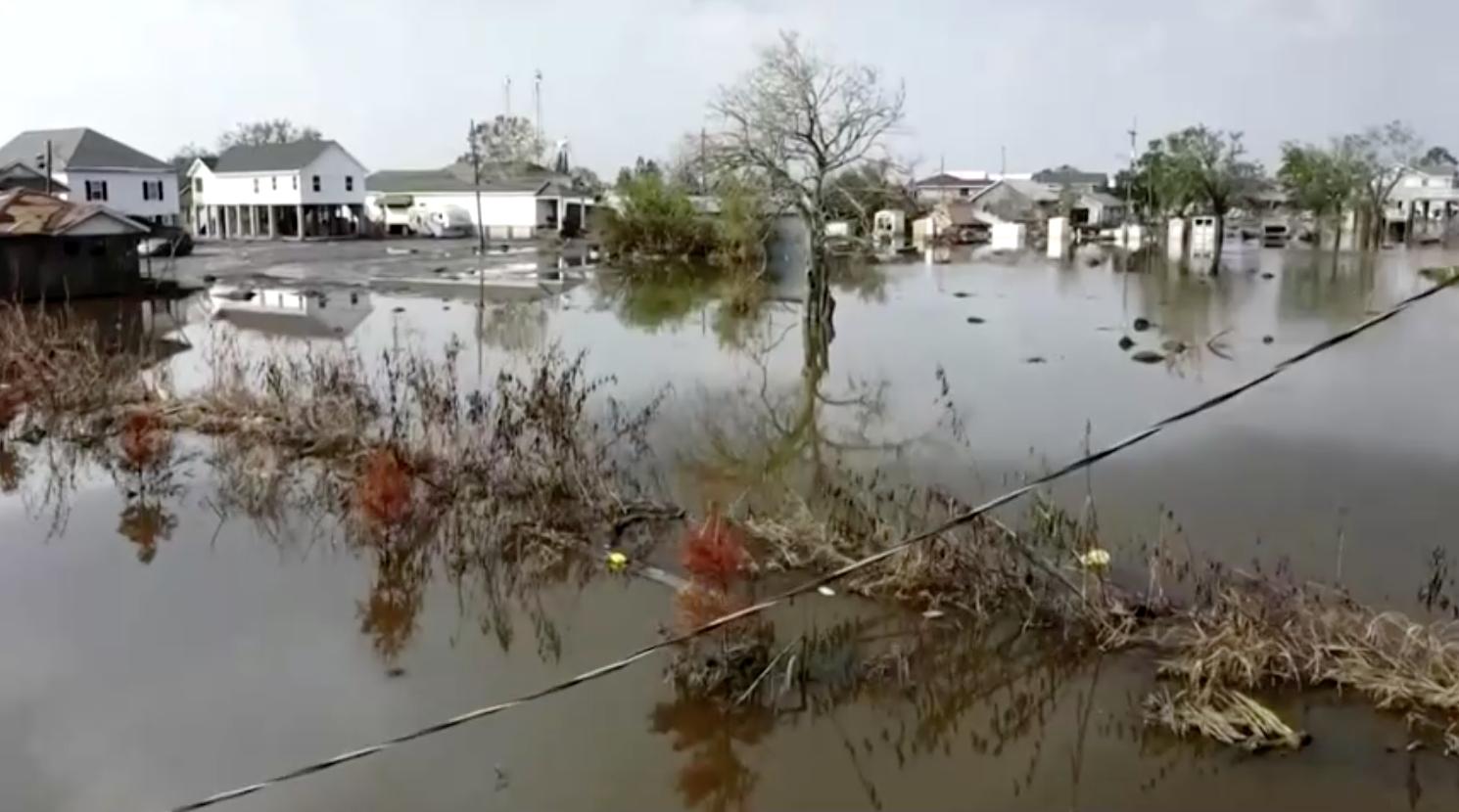 Số người chết do bão IDA tiếp tục tăng