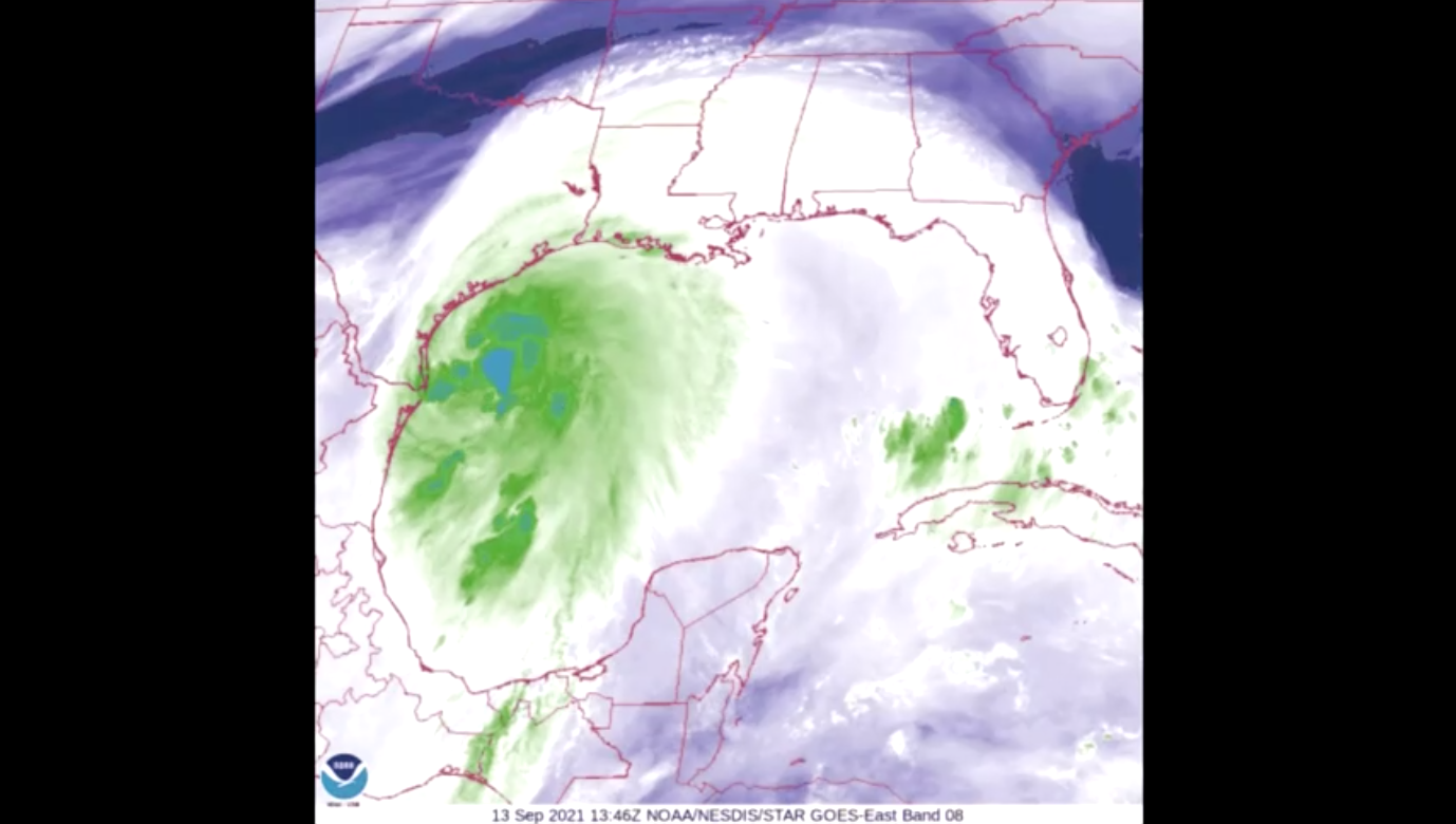 Bão nhiệt đới Nicholas có thể gây ra lượng mưa tới 20 inch ở bờ biển vịnh Gulf Coast